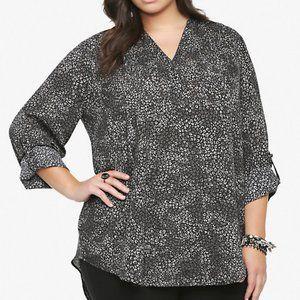 Torrid Animal print long sleeve shirt